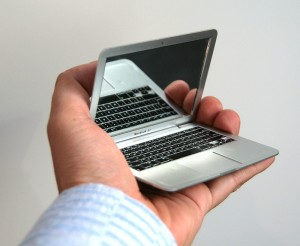Pocket mirror macbook