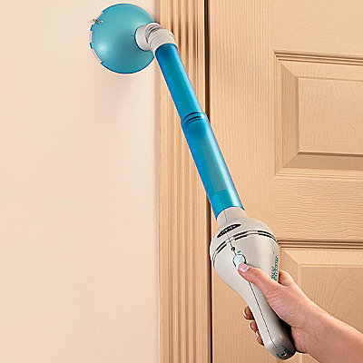 Extendable Bug Vacuum
