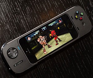 iPhone Gaming Controller