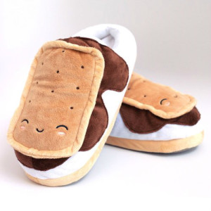 Ice Cream Sandwich USB Foot Warmers-1